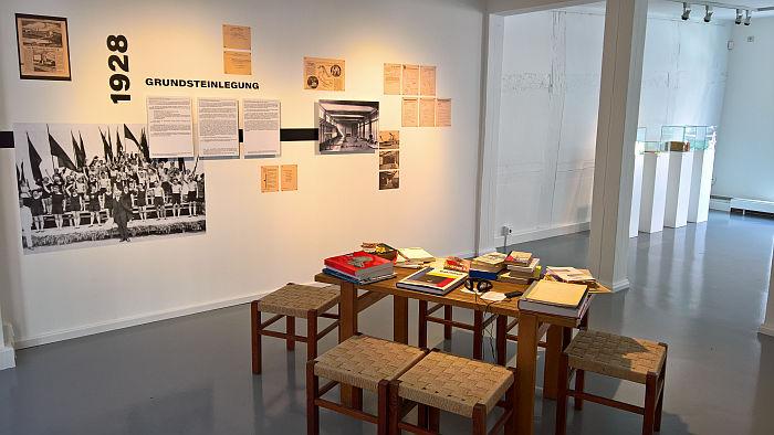 Volksbedarf statt Luxusbedarf - Bernau and its Bauhaus @ Galerie Bernau