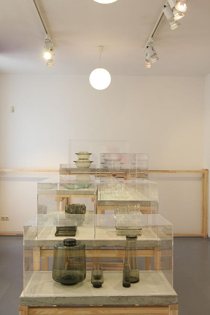 Glass objects, as seen at Shaping everyday life! Bauhaus modernism in the GDR, Dokumentationszentrum Alltagskultur der DDR, Eisenhüttenstadt