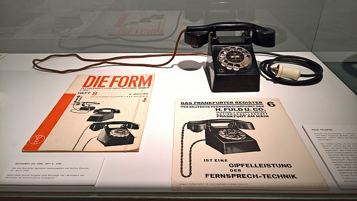 The Fuld telephone, as seen at Unique Piece or Mass Product?, Werkbundarchiv – Museum der Dinge, Berlin