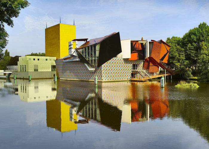 Groninger Museum by Alessandro Mendini (and friends) (Photo © and courtesy Groninger Museum)