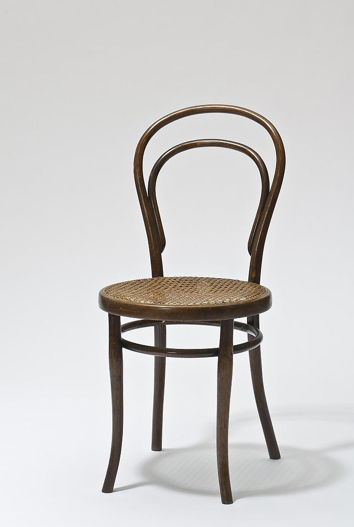 Chair No 14 by Michael Thonet, part of Bentwood and beyond. Thonet and Modern Furniture Design at MAK - Museum für angewandte Kunst Vienna (Photo © MAK/Georg Mayer, courtesy MAK - Museum für angewandte Kunst Vienna)