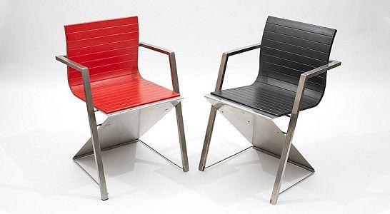 """Chair """"d8"""" by Gruppe Pentagon, 1987 (Photo: © DetlefSchumacher.com, courtesy Museum Angewandte Kunst Köln, MAKK)"""