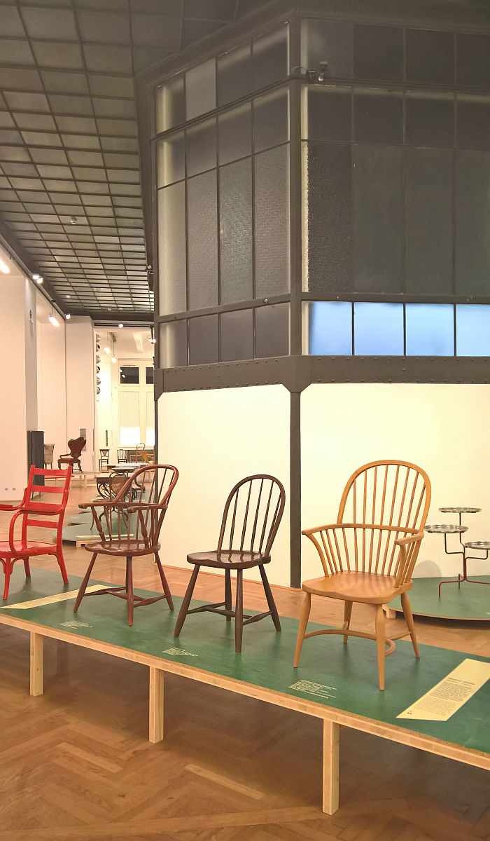 Windsor chairs by Josef Frank and Oskar Wlach for Villa Beer, 1930, (r.) and the Thonet B936 and B 945 F both ca 1928 , as seen at Bentwood and Beyond. Thonet and Modern Furniture Design, MAK - Museum für angewandte Kunst Vienna