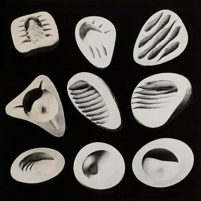 Ashtray Prototypes by Isamu Noguchi ca. 1945–48 (Photo © INFGM/ARS, courtesy Isamu Noguchi Foundation and Garden Museum)