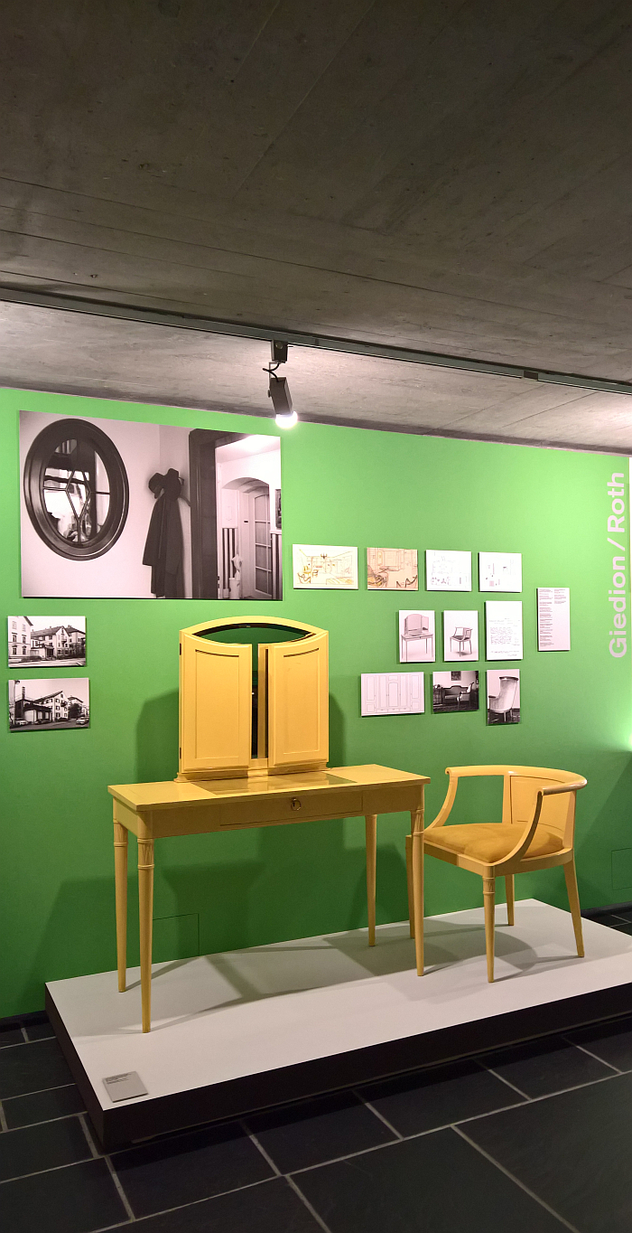 Dressing table and chair by Charles-Édouard Jeanneret, 1915, as seen at Le Corbusier and Zürich, Museum für Gestaltung, Pavillon Le Corbusier, Zürich