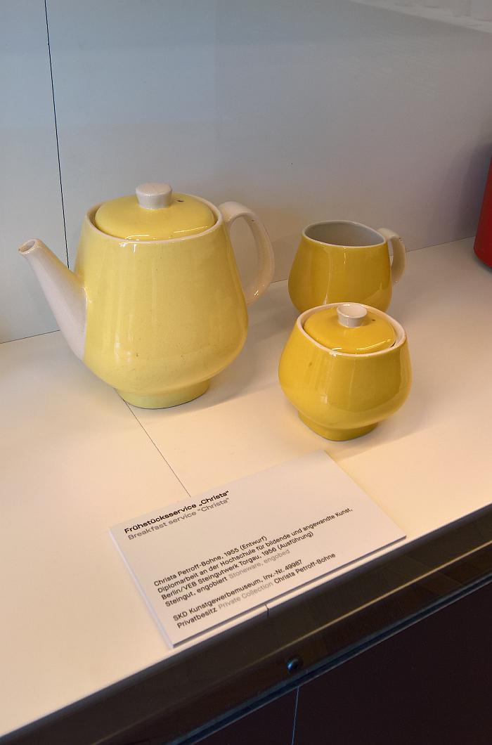 Christa coffee pot, sugar bowl and milk jug by Christa Petroff-Bohne through VEB Steingutwerk Torgau, as seen at Beauty of Form. The Designer Christa Petroff-Bohne, Kunstgewerbemuseum Dresden