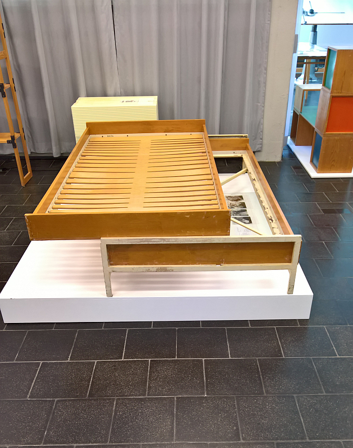 A single bed that converts to a double for Wohnberaf and a slatted bed base for Dunlopillo both by Hans Gugelot, as seen at Hans Gugelot. The Architecture of Design, HfG-Archiv Ulm