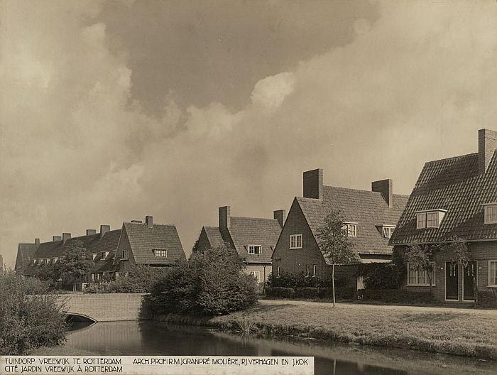 """A view of of Vreewijk Garden Village, Rotterdam, (Photo NAI Collection, """"TENT n12"""" via commons.wikimedia.org)"""