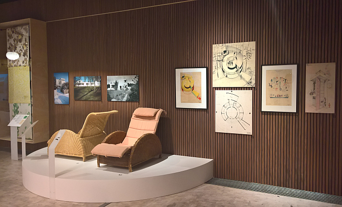 A presentation of the 1929 House of the Future inclduing the Forest Snail chair by Arne Jacobsen, as seen at Arne Jacobsen - Designing Denmark, Trapholt, Kolding