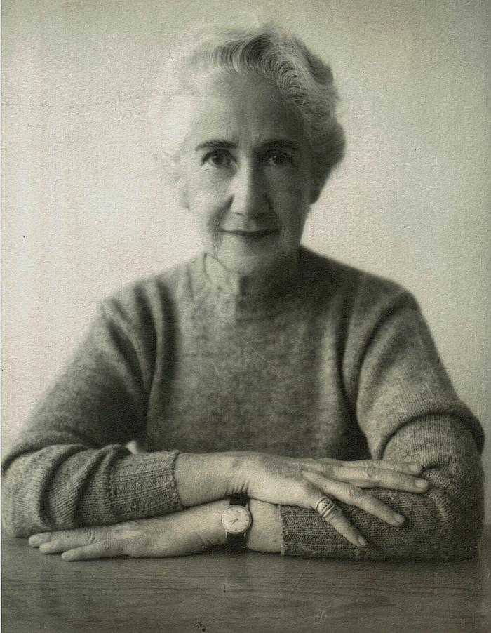 Clara Porset (1895 - 1981) (photo commons.wikimedia.org CC BY-SA 4.0, courtesy Archivo Clara Porset Dumas)