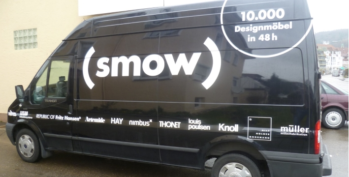 Delivery of your furniture in our smow bus