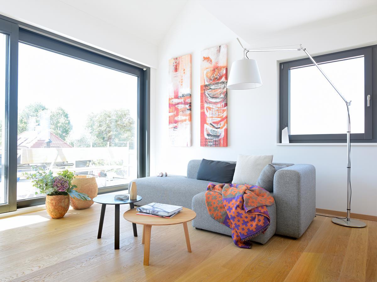 artemide tolomeo mega terra by michele de lucchi. Black Bedroom Furniture Sets. Home Design Ideas
