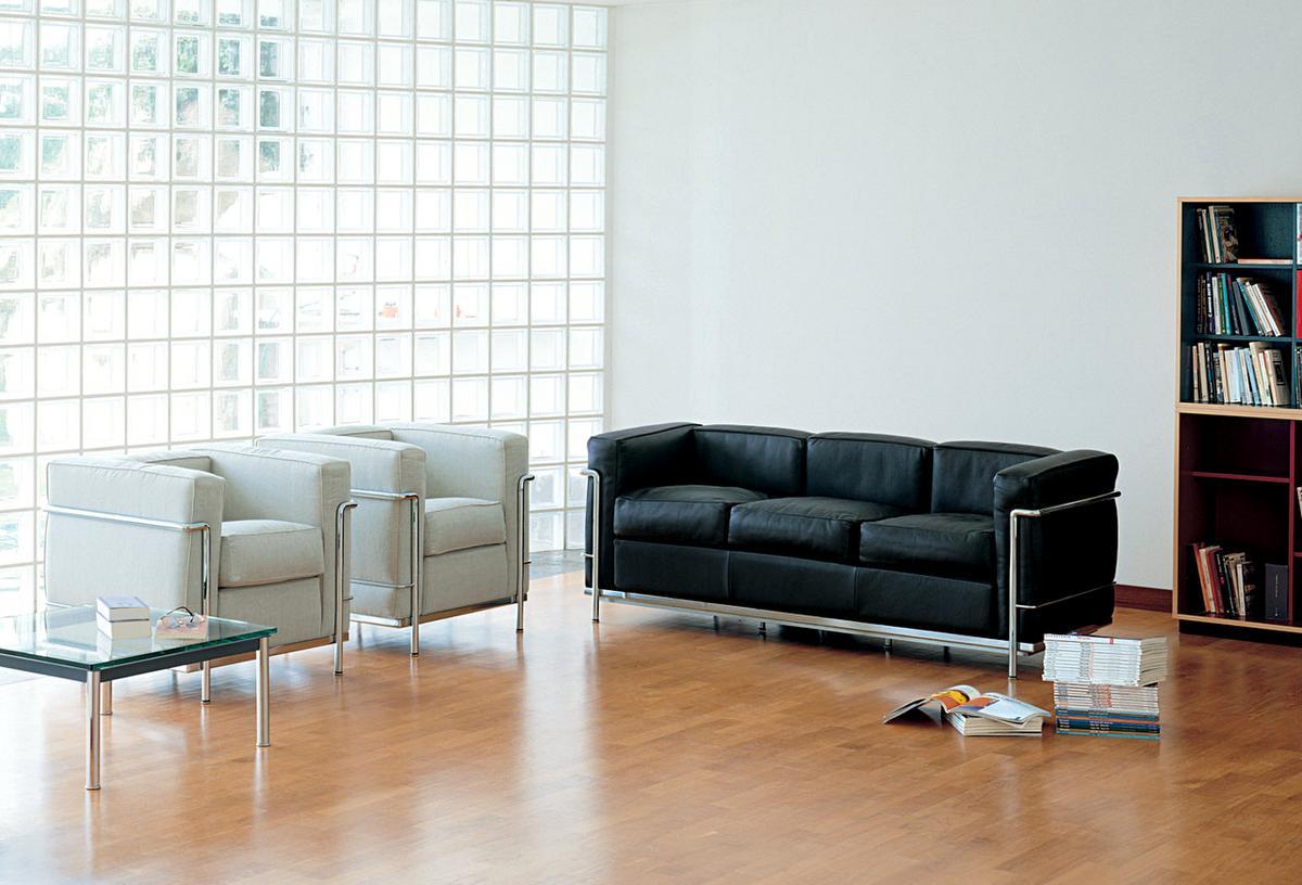 cassina lc2 armchair by le corbusier pierre jeanneret. Black Bedroom Furniture Sets. Home Design Ideas