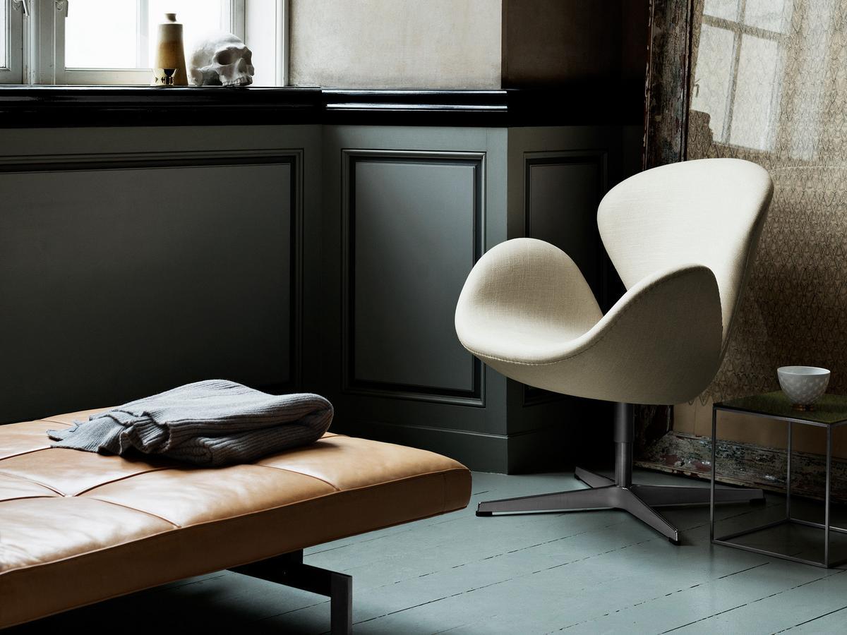 fritz hansen swan chair by arne jacobsen 1958 designer furniture by. Black Bedroom Furniture Sets. Home Design Ideas