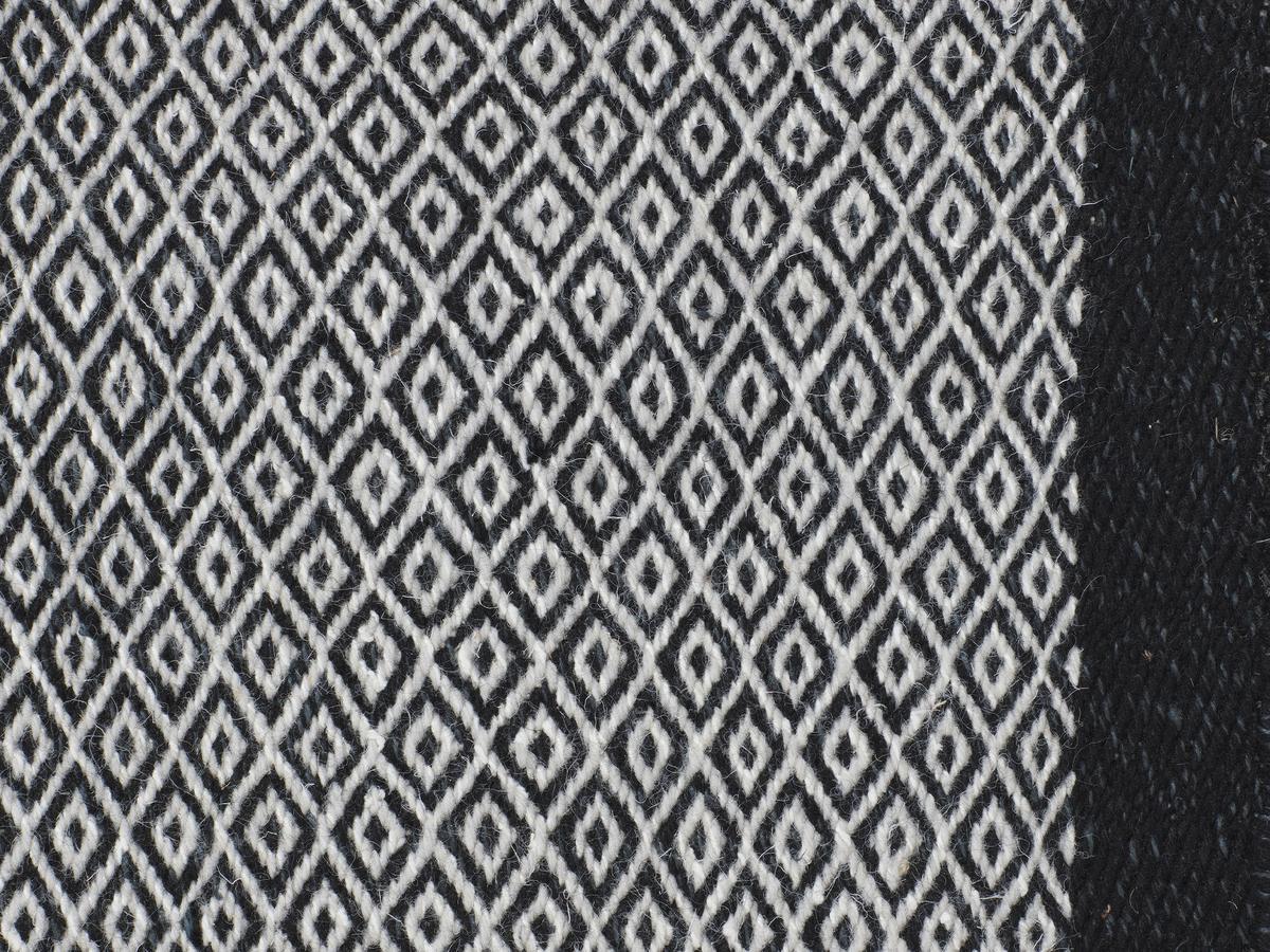 fabula living rug elli by jens landberg schr der. Black Bedroom Furniture Sets. Home Design Ideas