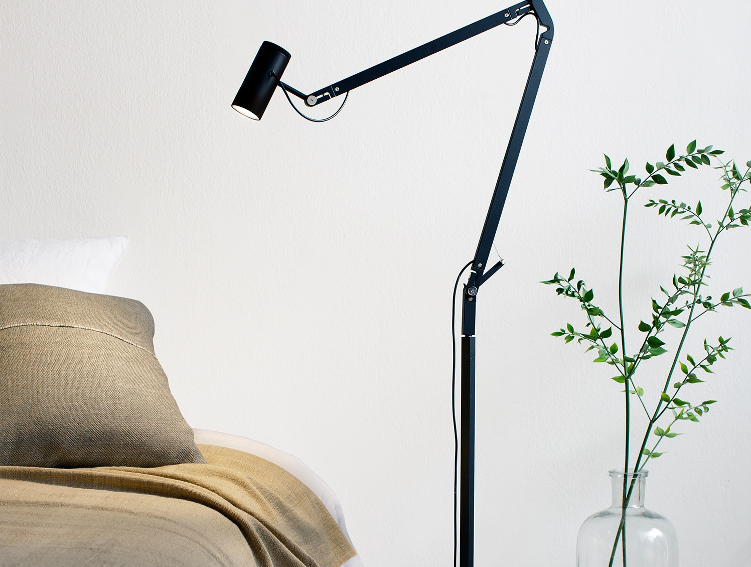 Perfect Home Illumination Articulated Lamps