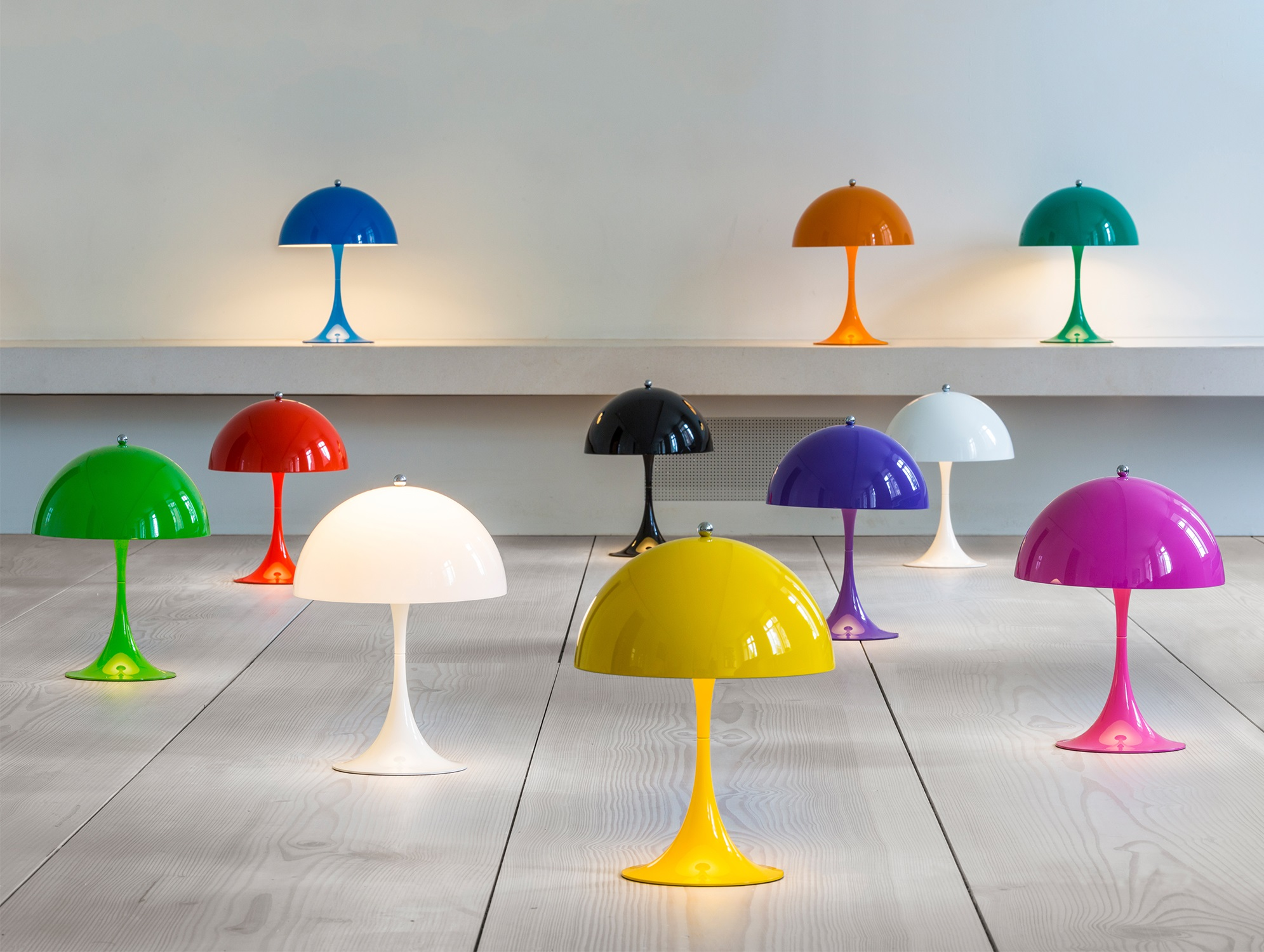 The perfect colour concept Louis Poulsen Panthella Mini