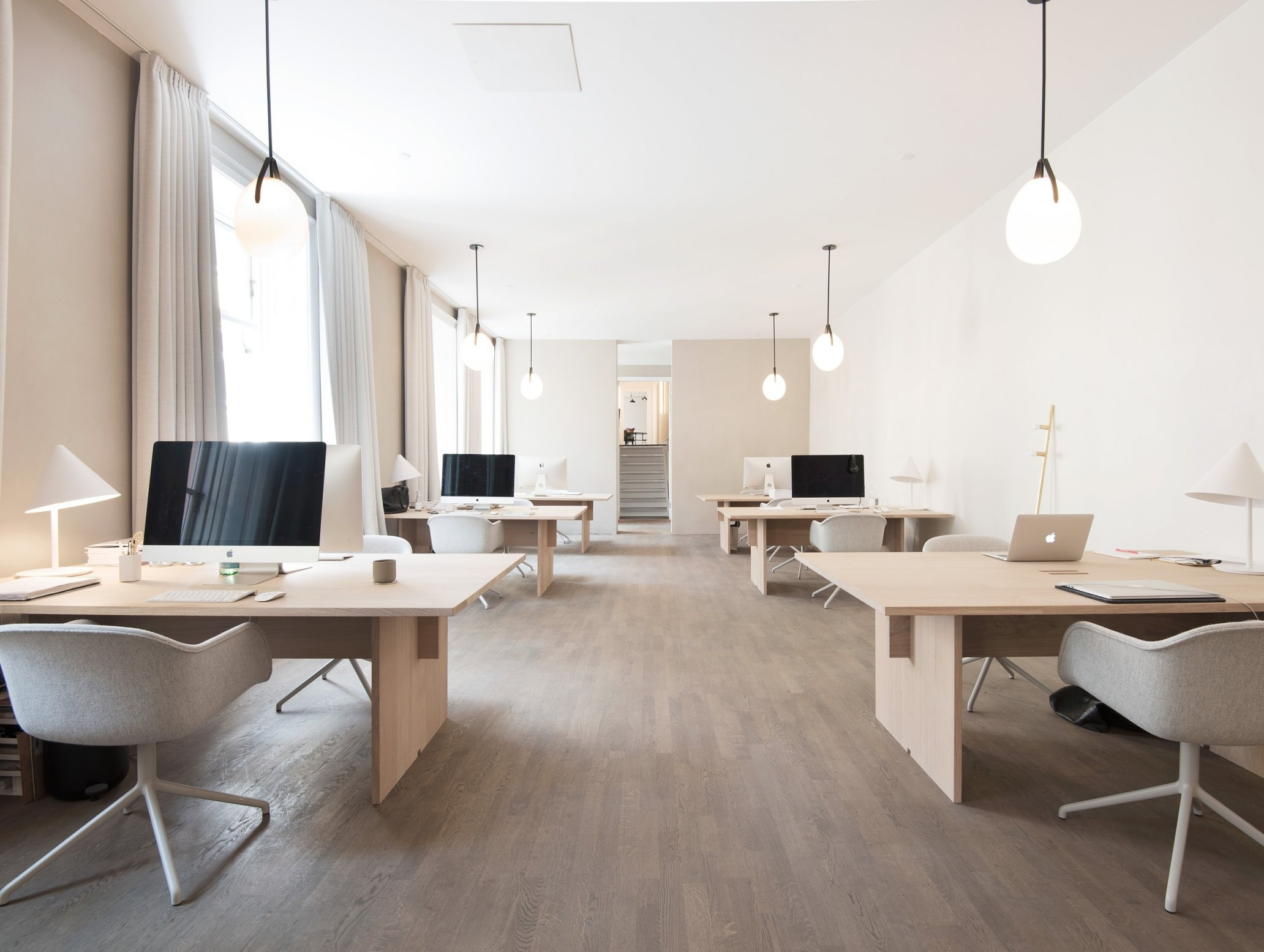 Light planning office Muuto