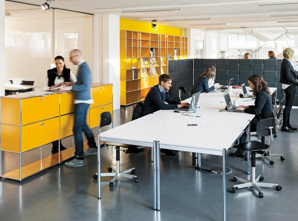 Setting up and planning a contemporary office reversible office