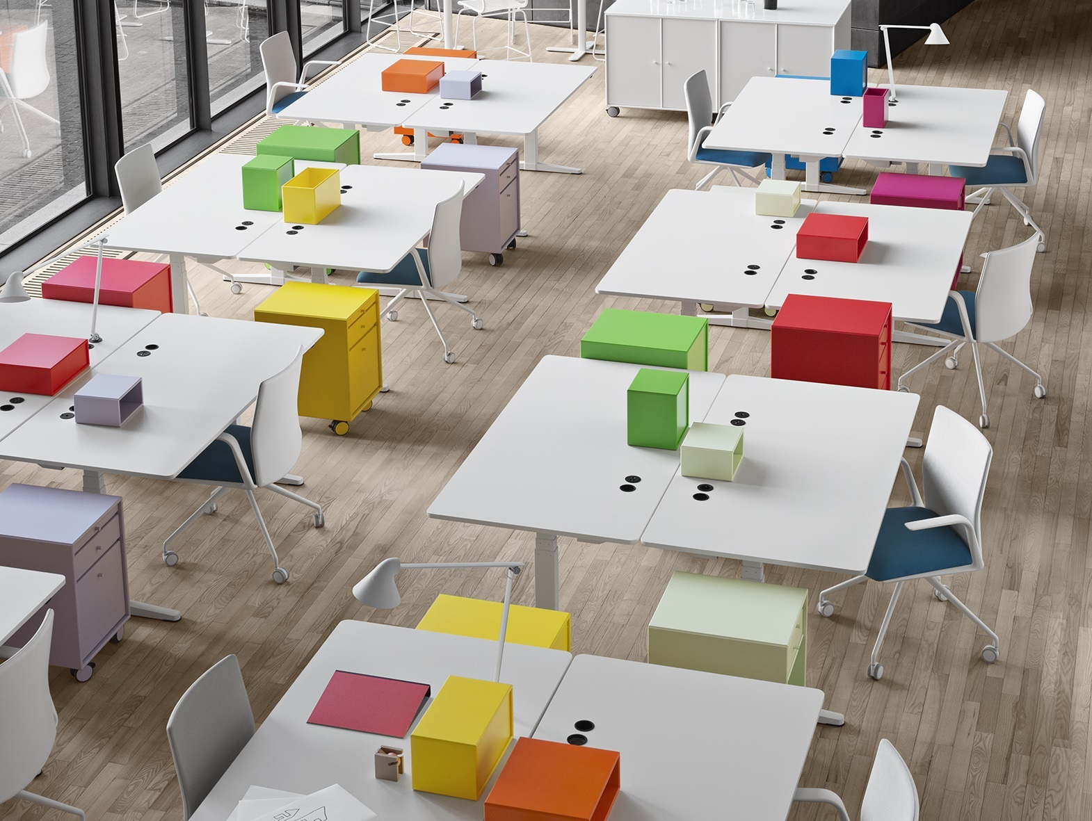 Setting up and planning a contemporary office Desksharing