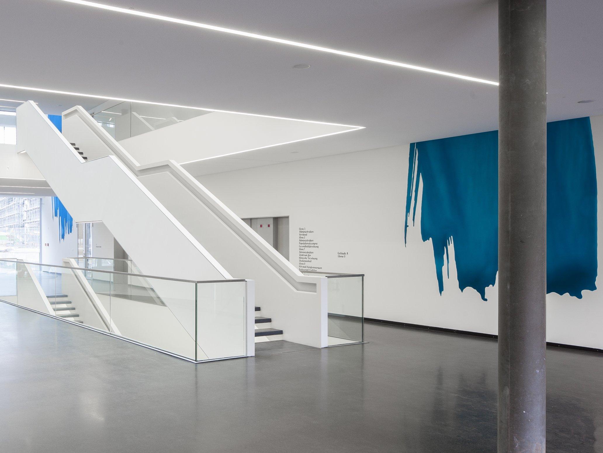 DZNE Bonn foyer