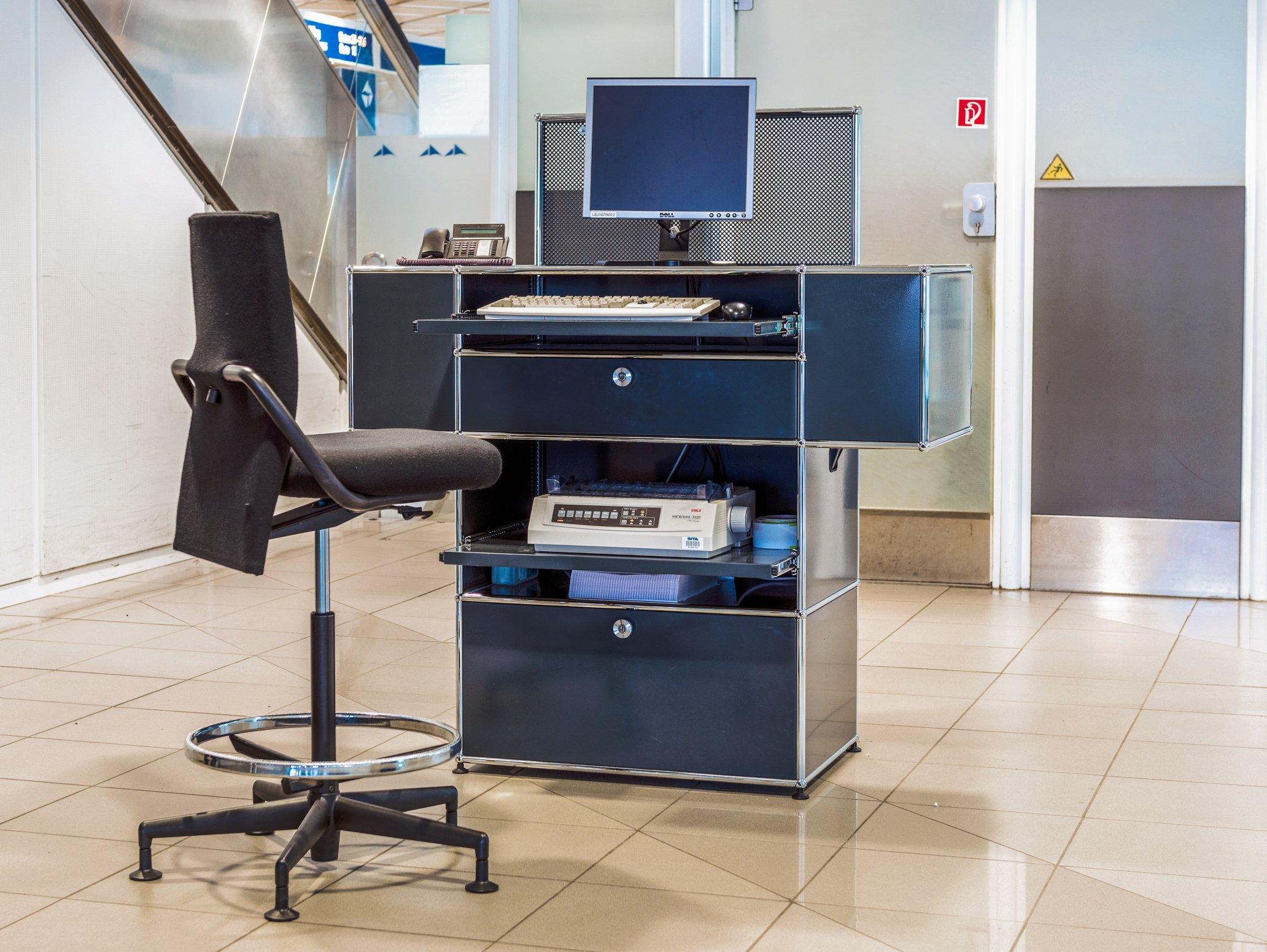 USM Airport Halle-Leipzig Counter