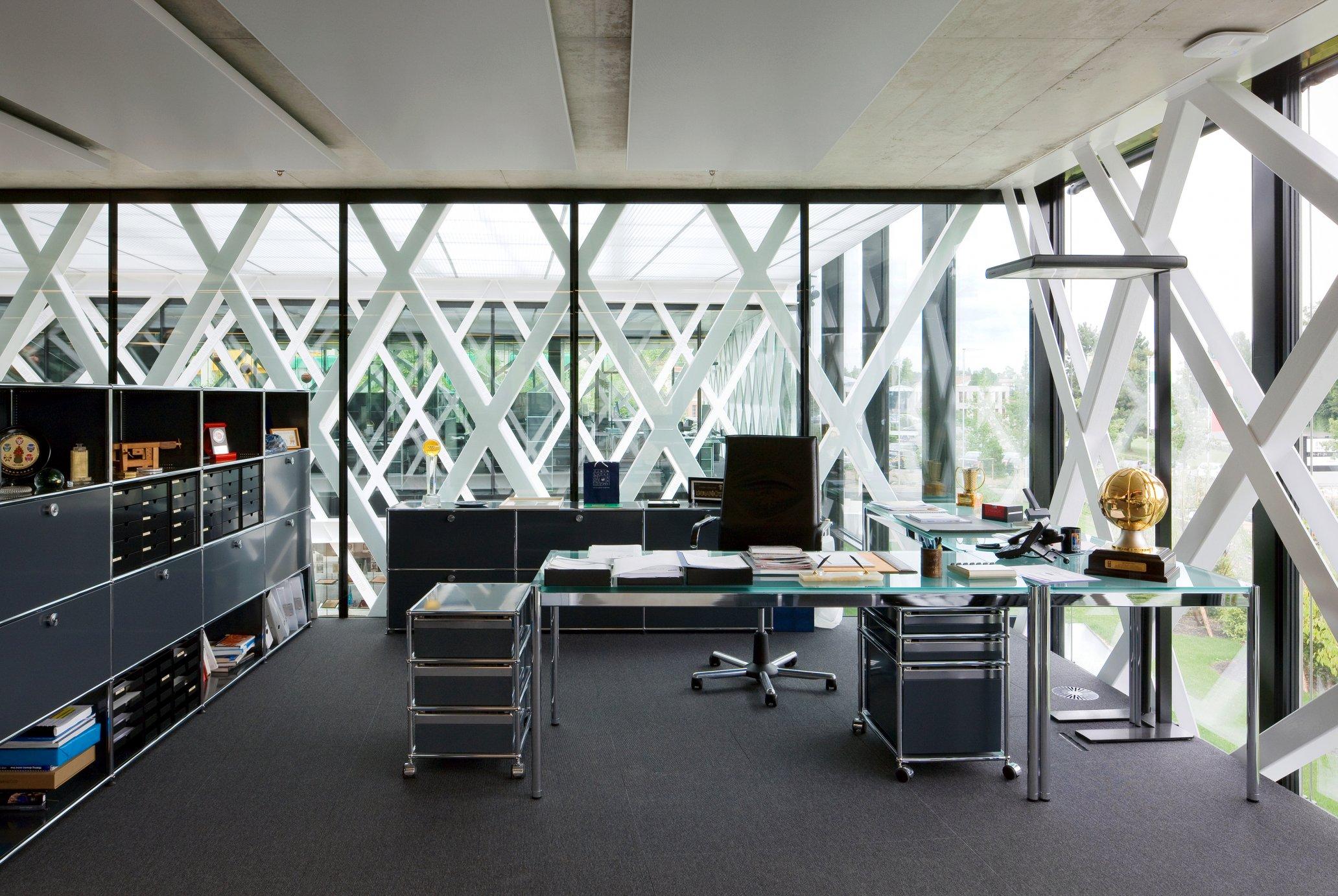 usm haller in stuttgart 49 711 620 090 00 usm haller furniture from. Black Bedroom Furniture Sets. Home Design Ideas