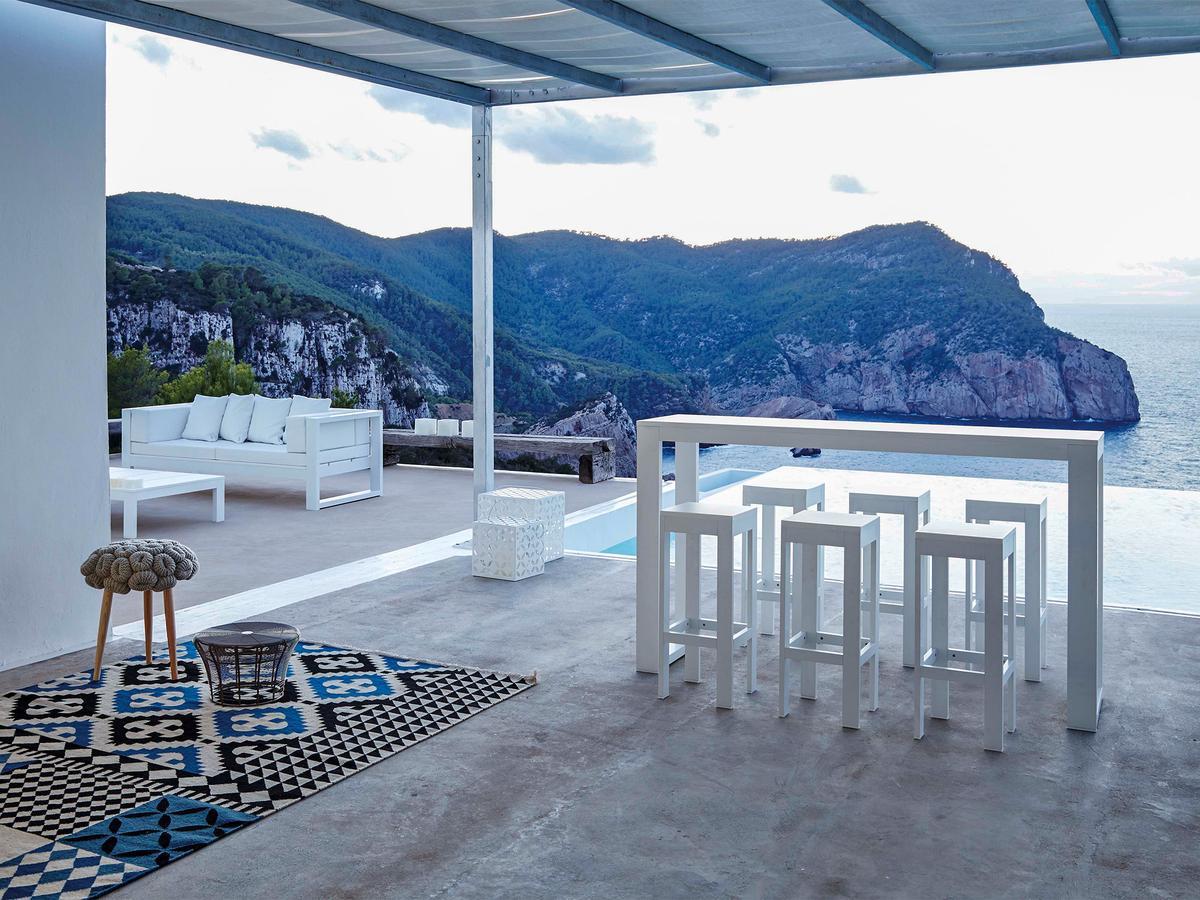 Gan Rug Palermo by Sandra Figuerola, 2009  Designer
