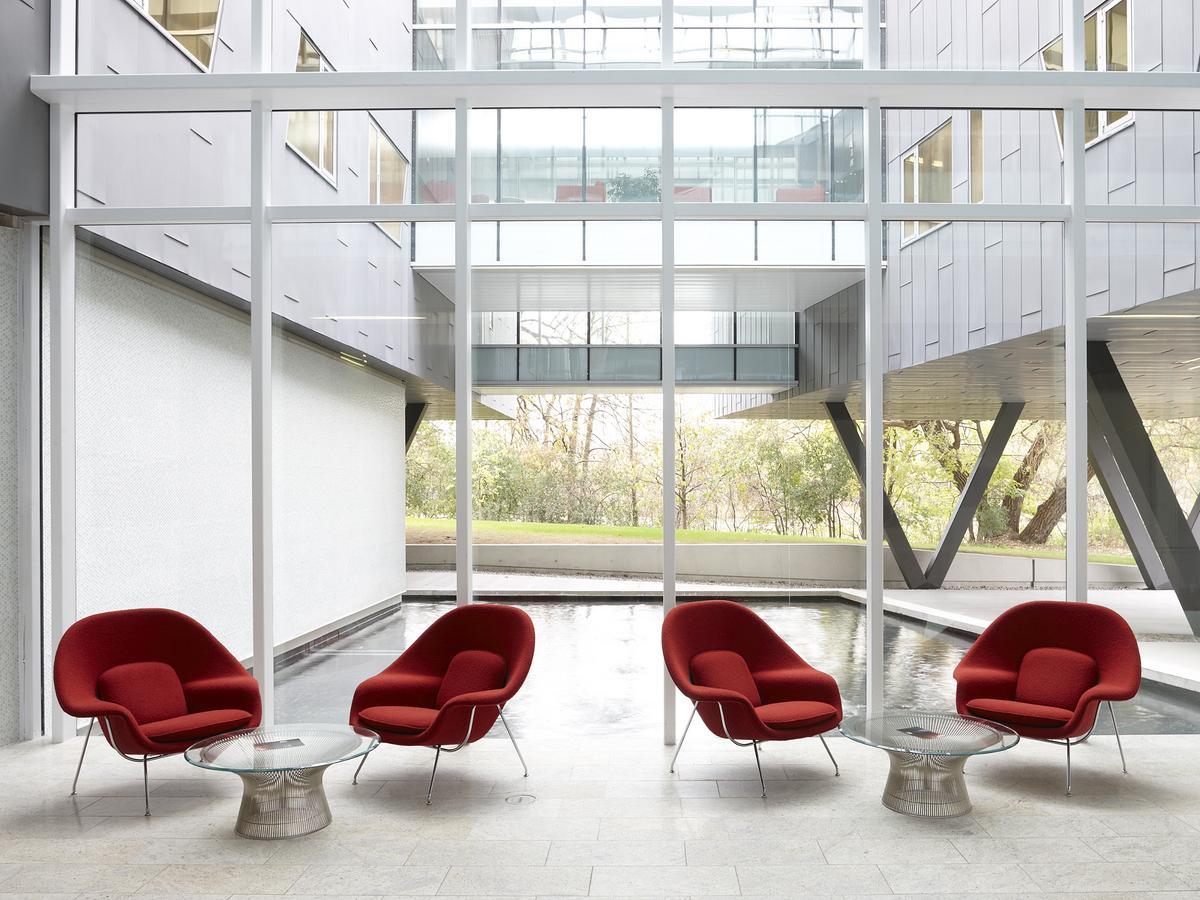 Knoll International Platner sofa table by Warren Platner