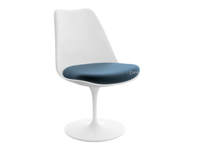 Knoll International Saarinen Tulip Chair By Eero Saarinen 1955
