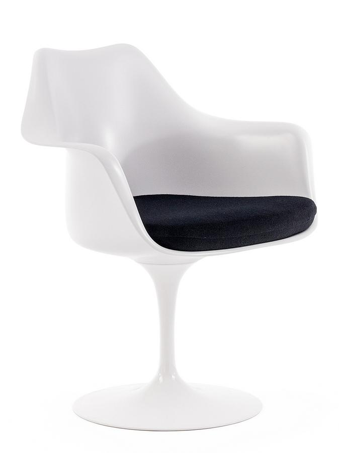 Knoll international saarinen tulip armchair by eero for Eero saarinen tulip armchair