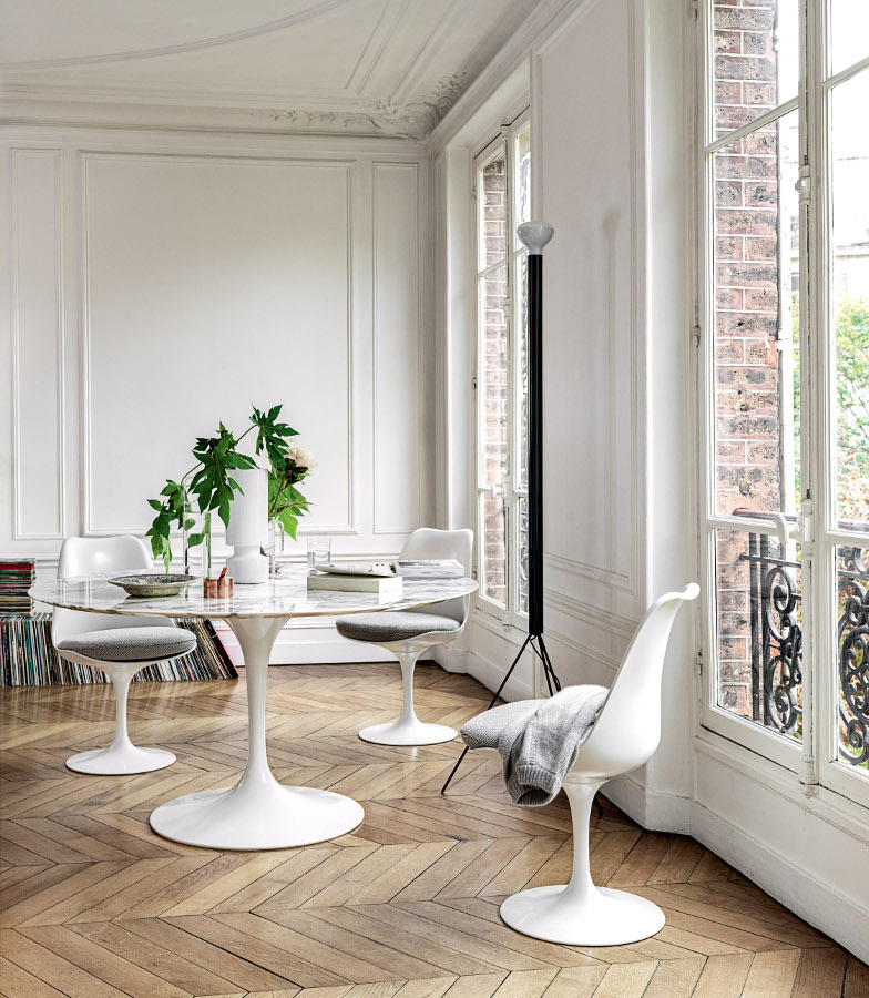 Knoll International Saarinen Round Dining Table By Eero Saarinen 1955 1957 Designer Furniture By Smow Com