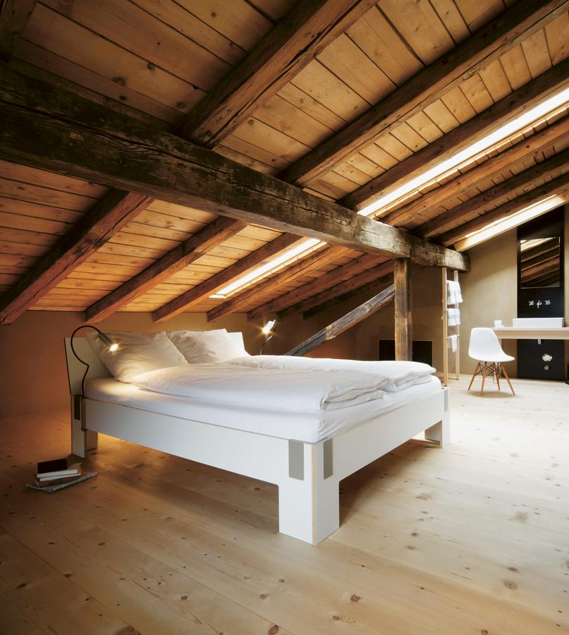 nils holger moormann la funsel by nils holger moormann. Black Bedroom Furniture Sets. Home Design Ideas