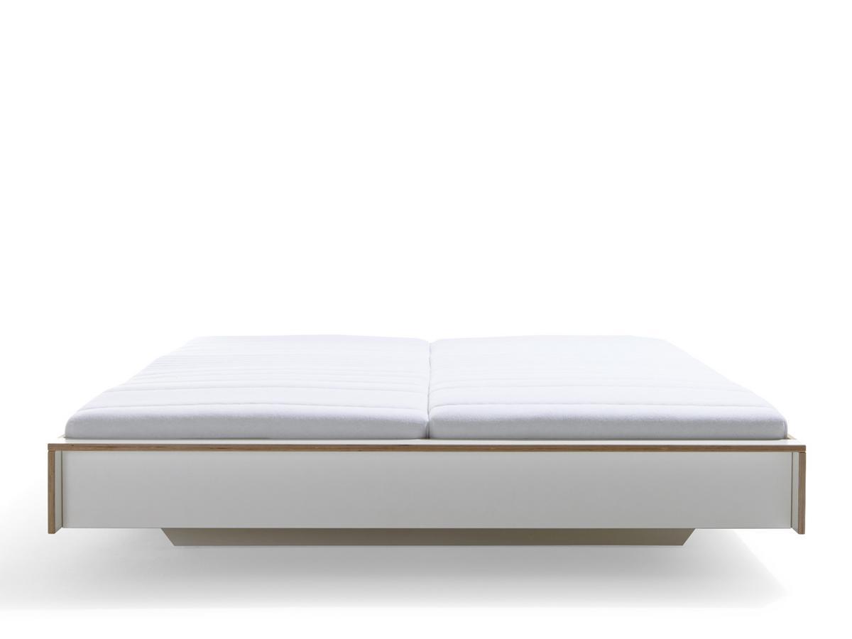 Müller Möbelwerkstätten Flai Bed, 140 x 200, Without headboard ...