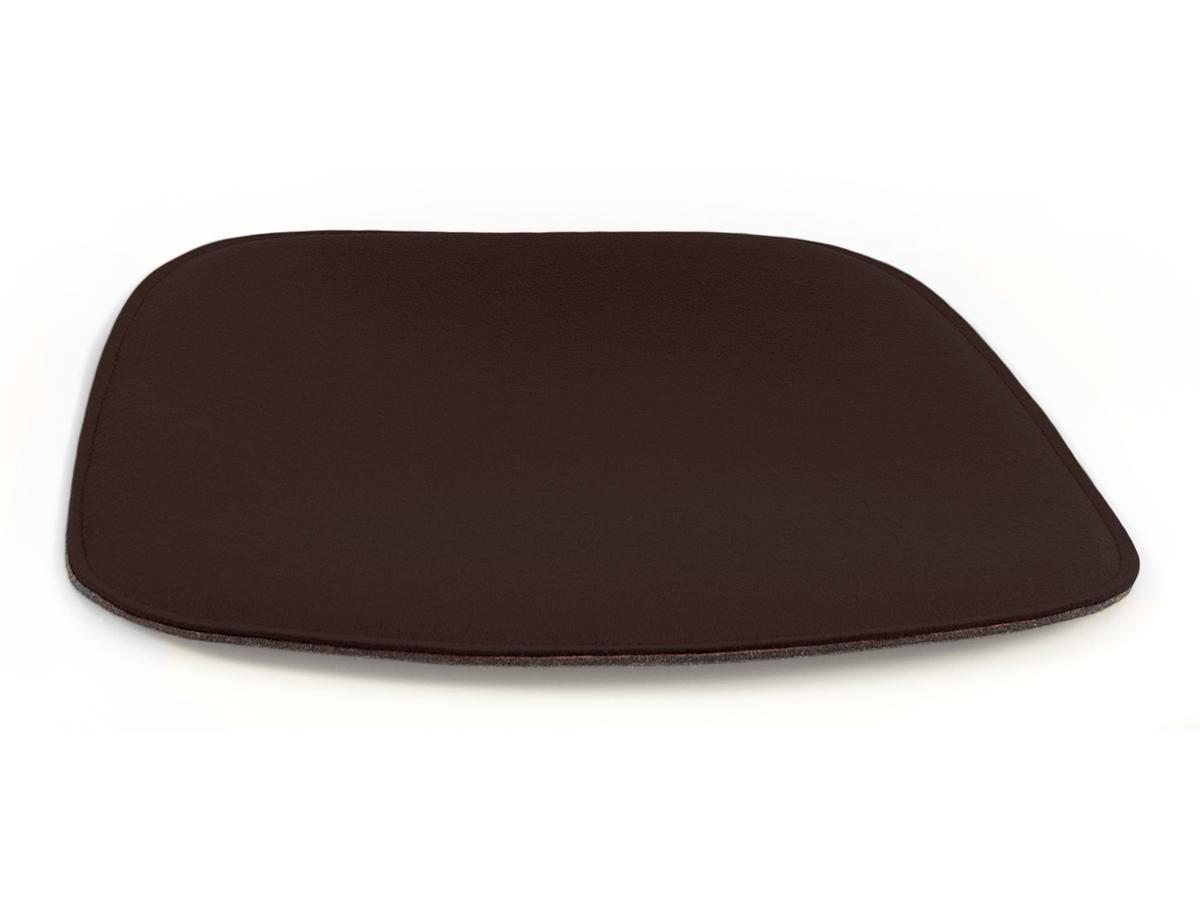 parkhaus berlin seat pad for eames armchairs by parkhaus. Black Bedroom Furniture Sets. Home Design Ideas