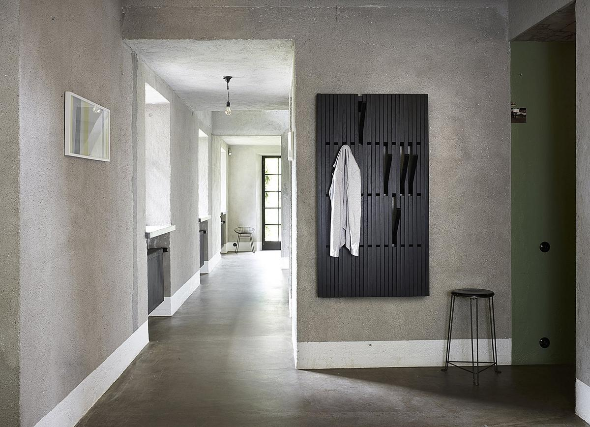 Peruse piano coat rack by patrick seha designer for Garderobe leipzig
