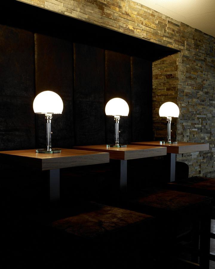 tecnolumen wg 24 by wilhelm wagenfeld 1924 designer furniture by. Black Bedroom Furniture Sets. Home Design Ideas