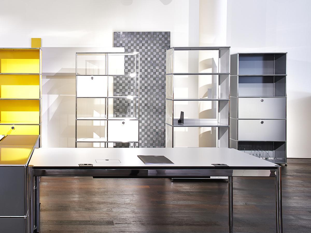 usm haller hamburg usm haller side table ihr usm haller. Black Bedroom Furniture Sets. Home Design Ideas