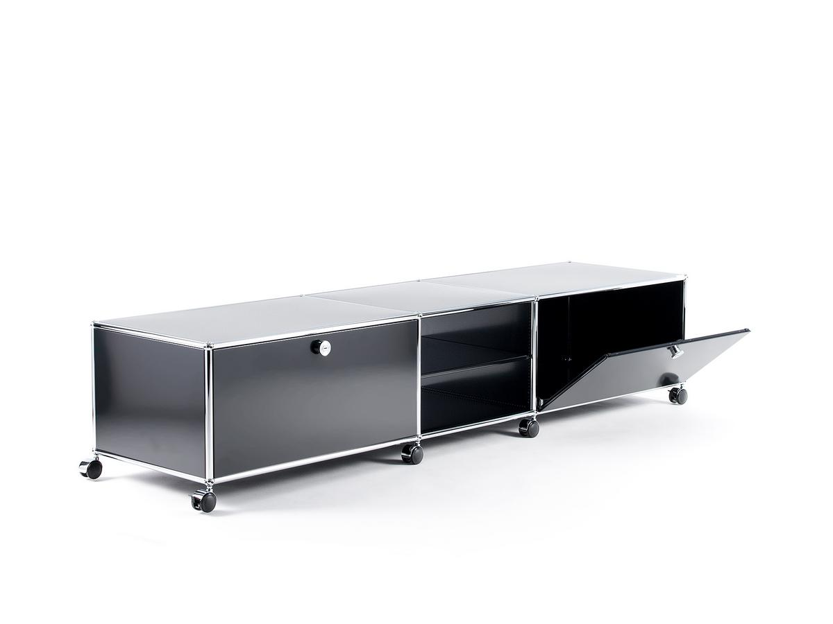 usm haller tv lowboard xl on castors by fritz haller. Black Bedroom Furniture Sets. Home Design Ideas