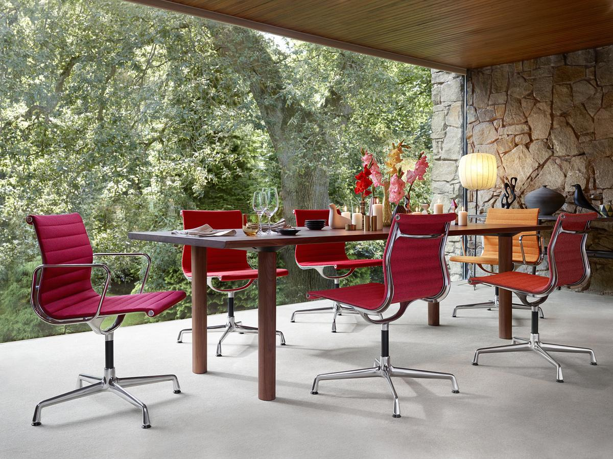 Vitra aluminium group ea 101 by charles ray eames 1958 for Eames alu chair nachbau