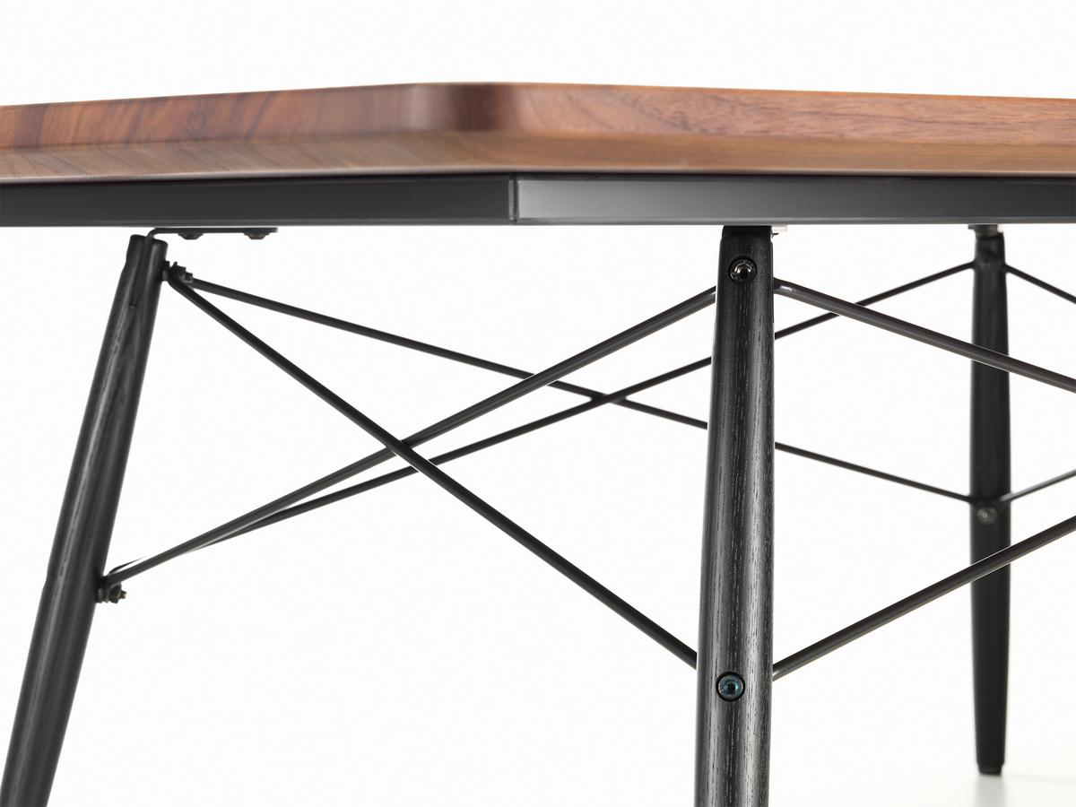 Vitra Eames Coffee Table by CharlesRay Eames 1949Designer