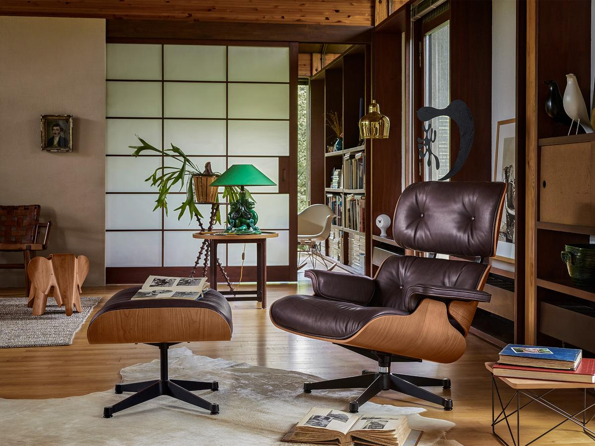 Eames Lounge Chair Living Room lounge chair & ottoman - natural edition